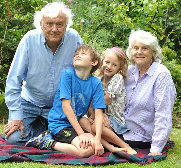 Evergreen love: Ray and Plum ready for their Golden Wedding with grandchildren Jack and Olivia