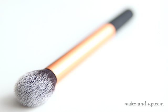 Real Techniques Countour Brush